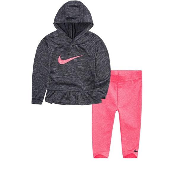 4edc312979336 Nike Matching Sets   Toddler Girls 2 Piece Outfit   Poshmark
